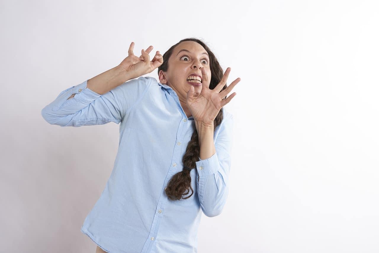仕事で人と話すのが怖い!人が怖いと感じて緊張する原因と ...